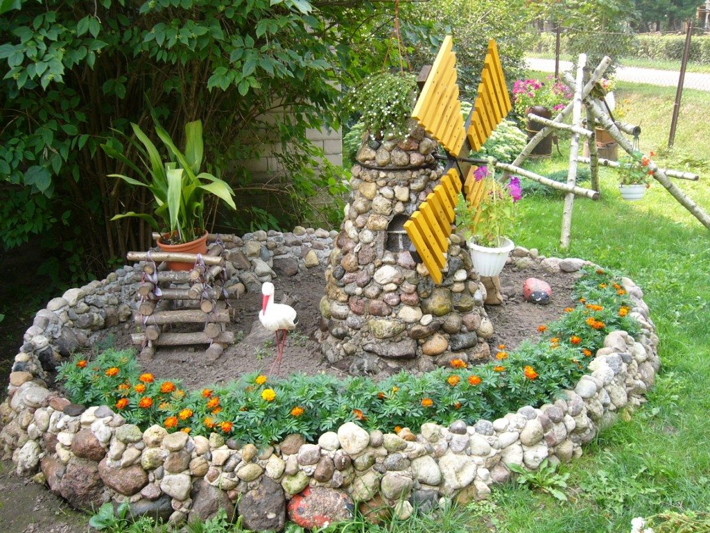 Как своими руками украсить садовый участок фото
