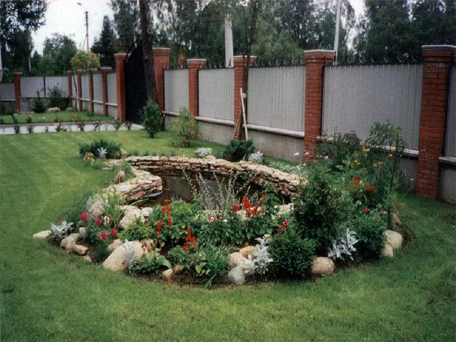 Декоративный пруд на даче своими руками фото