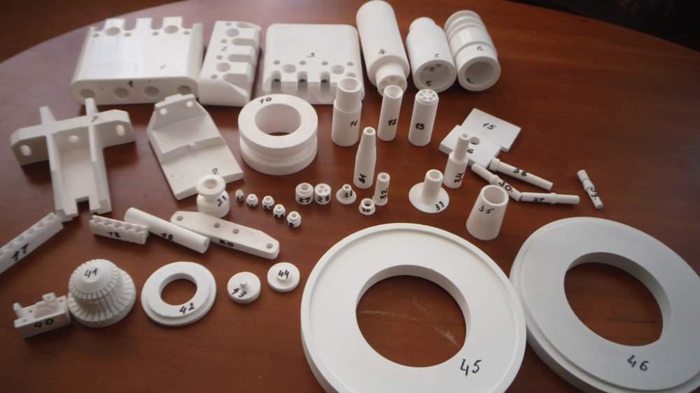 Детали из вакуумплотной корундовой керамики