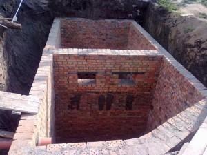 Система сливной ямы частного дома фото