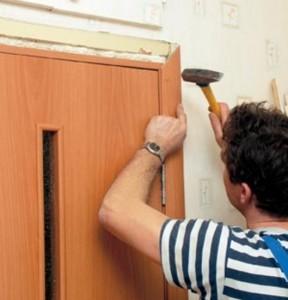 монтаж наличника двери