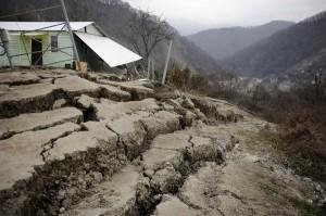 обрушение дома от вспучивания грунта
