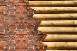 кирпич и дерево как материал для строительства дома