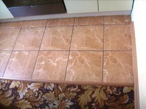 создание подиума на полу кухне