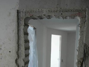 подготовка проема межкомнатной двери для установки короба