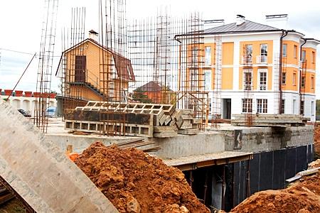 Московские власти сдерживают строительство в Москве
