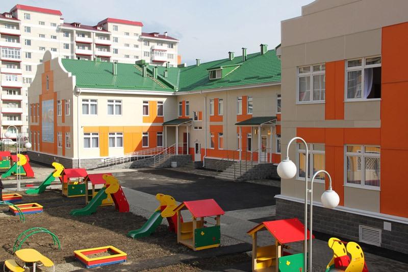 Строительство школы и детского сада произведено с помощью применения новейших российских технологий