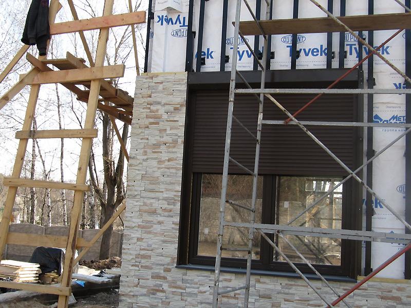 Достоинства фасадов из искусственного камня