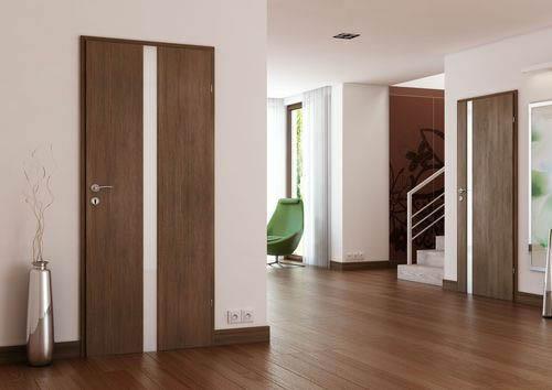 Пример шпонирования двери ценными породами дерева