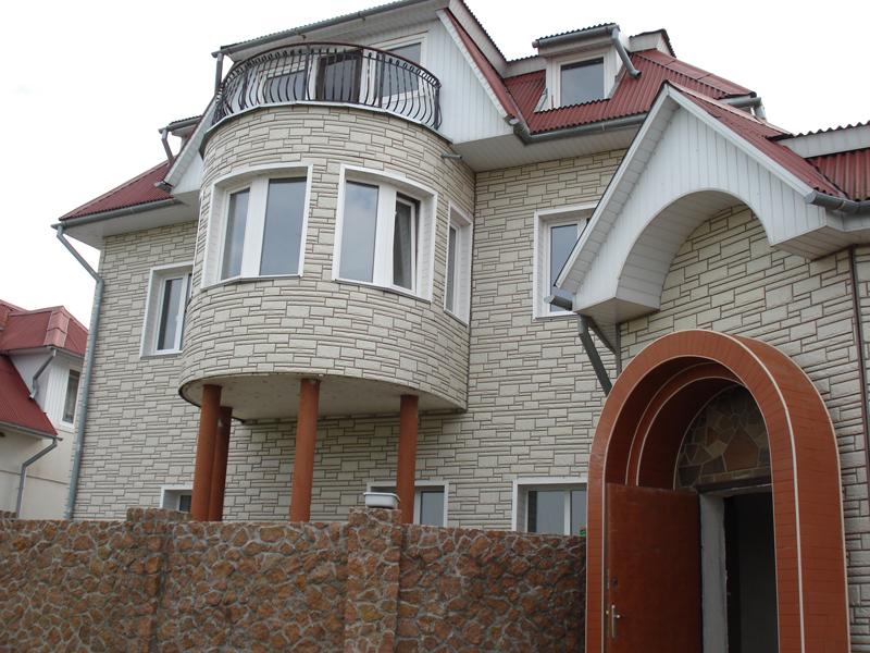 Типы наружного сайдинга: виниловый, стальной, древесный, цементный
