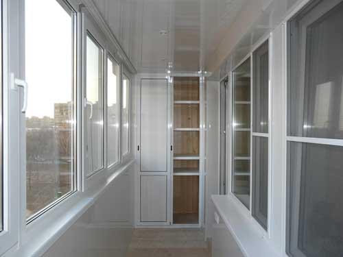 Выбираем остекление балкона правильно