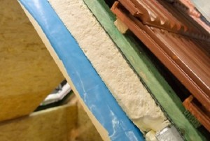 устройство шумоизоляции крыши из металлочерепицы