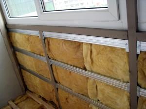 Выбор строительных материалов для балкона: отделка и изоляция