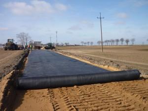 использоване геотекстиля для дорожного строительства