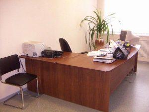 kak-vybrat-ofisnyj-stol_2