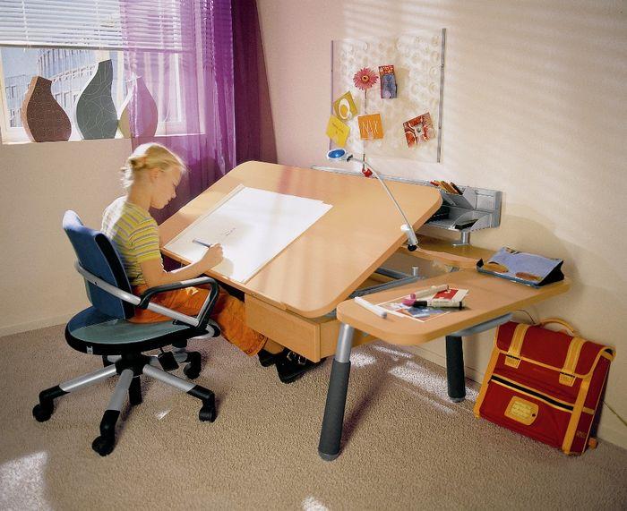 Детские столы.