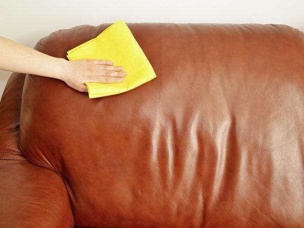 Как почистить кожзам диван в домашних условиях 850