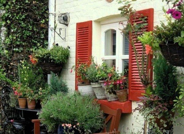 Как украсить дачный домик - несколько полезных советов
