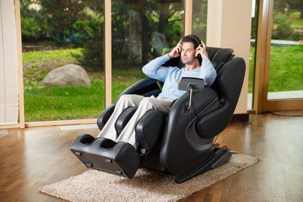 Массажные кресла для гостиной