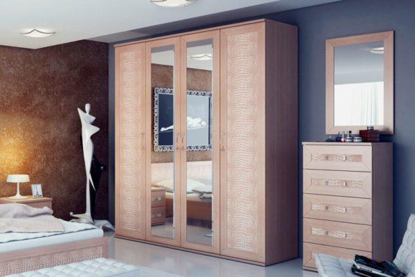 Шкаф для спальни или гостиной