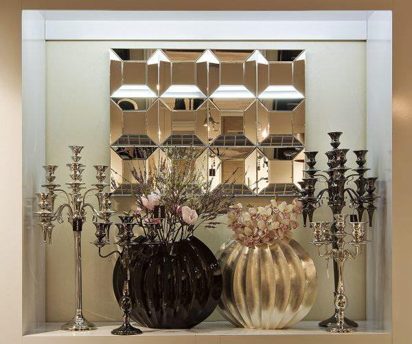 Декор интерьера стеклянными предметами